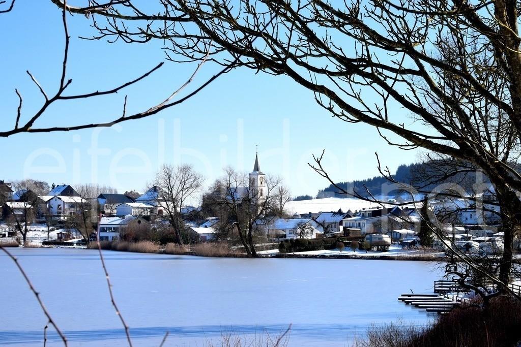 Winter am Schalkenmehrener Maar | Winterlandschaft am Schalkenmehrener Maar in der Eifel (Vulkaneifel)