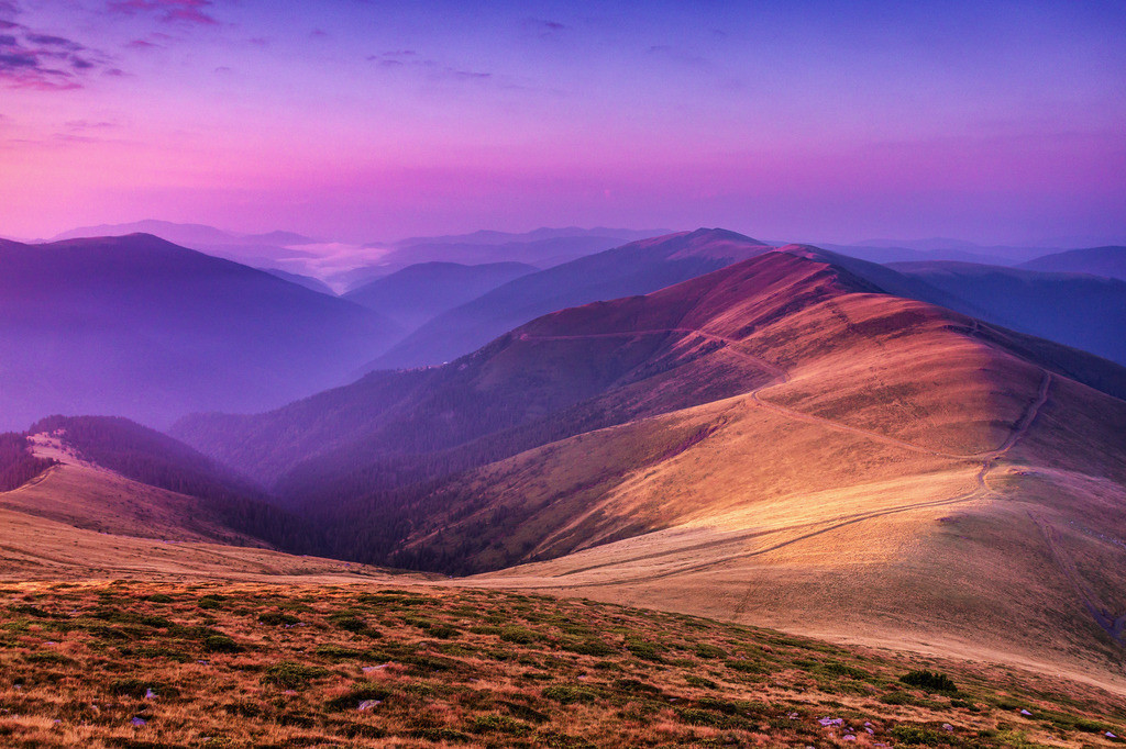Weitblick im Morgenlicht | Rumänien Karpeten