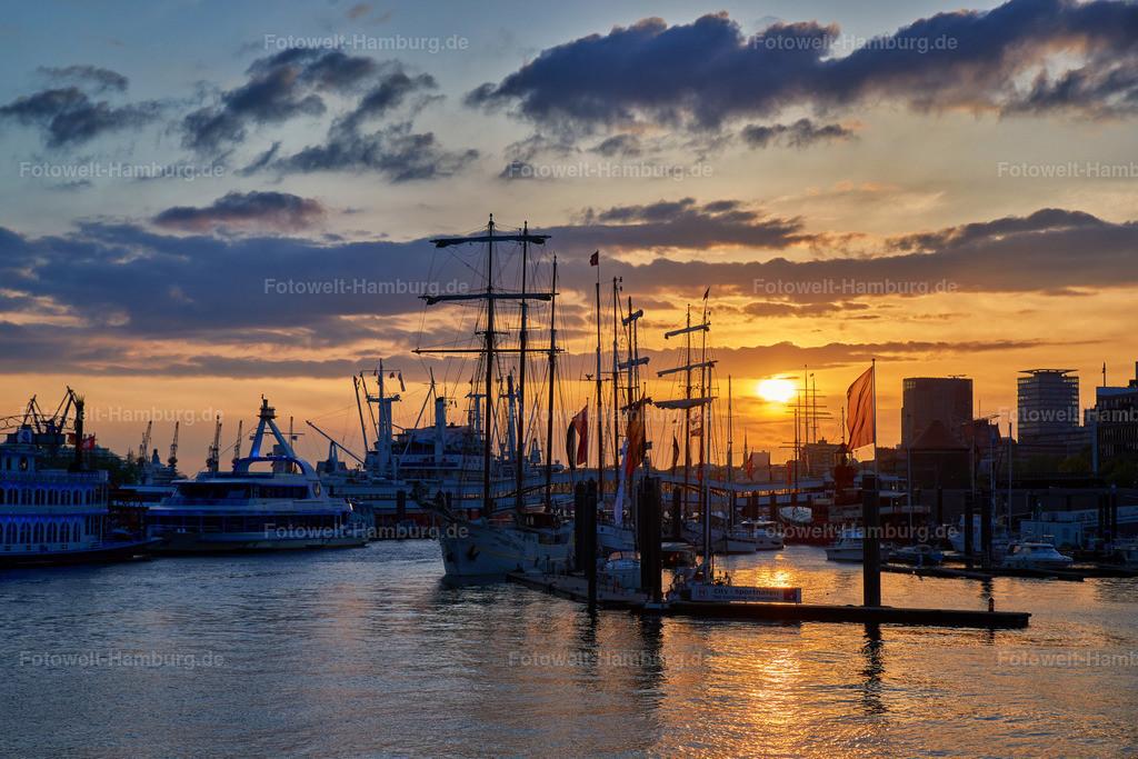 12001232 - Sonnenuntergang am Niederhafen