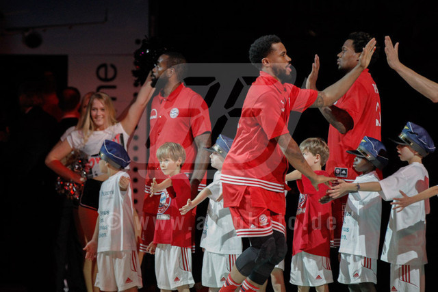 20151101_AF_W7F1658 | Bryce TAYLOR - USA - (#44/Shooting Guard/FC Bayern Basketball)\   Basketballgame FC Bayern vs. BG Göttingen in Munich, GERMANY at 01. November 2015  Bundesligaspiel in der deutschen Beko Basketballbundesliga zwischen dem FC Bayern Basketball und den BG Göttingen. Spielort ist der Audidome am 01.11.2016.   Basketballgame FC Bayern vs. BG Göttingen, Munich, GERMANY, , Beko Basketballbundesliga, 1. League, Germany, Audidome  Honorarpflichtiges Bild,  - fee liable image - Photo Credit: © ATP FREIESLEBEN Alexander