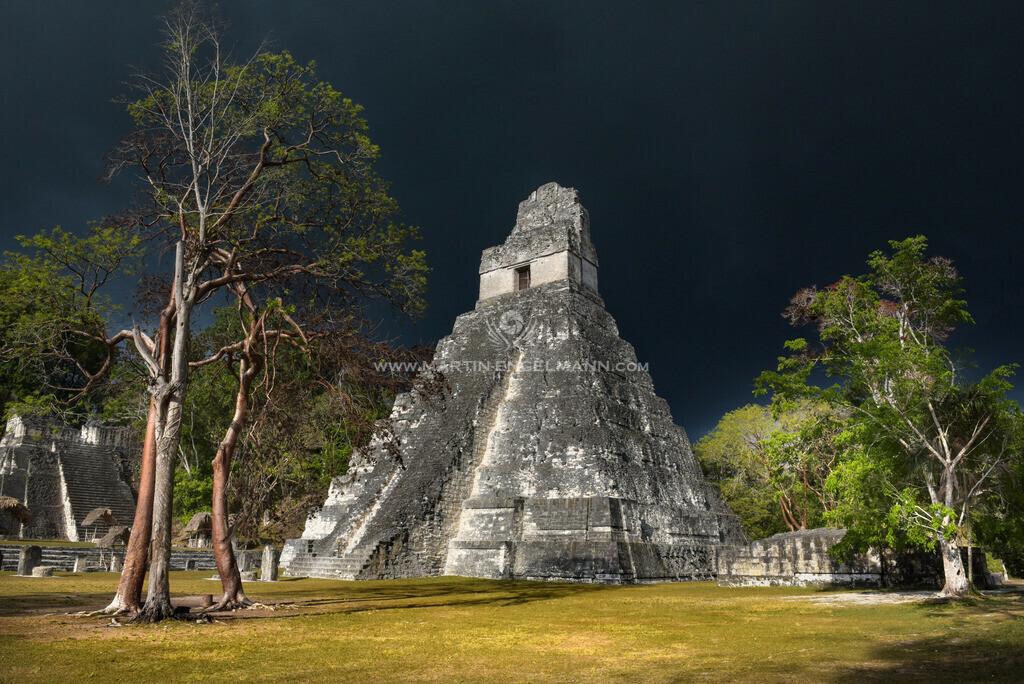 03-750_2133 | Guatemala, Tikal, Tempel des Jaguars