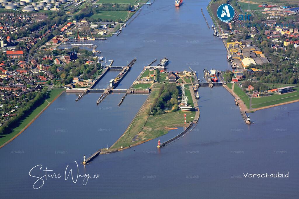 Luftbild Elbe, Brunsbuettel, Nord-Ostsee-Kanal, Schleuse, Schiffshebewerk | Elbe, Brunsbuettel, Nord-Ostsee-Kanal • 4272 x 2848 pix -  Luftbild, Luftaufnahme, aerophoto, Luftbildfotografie, Luftbilder
