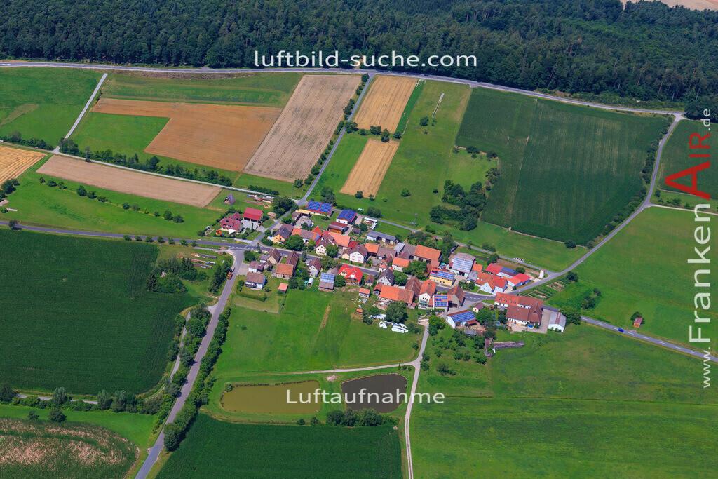 neuses-scheinfeld-17-4894 | Luftbild von Neuses Scheinfeld - Luftaufnahme wurde 2017 von https://frankenair.de mittels Flugzeug (keine Drohne) erstellt - die Geschenkidee