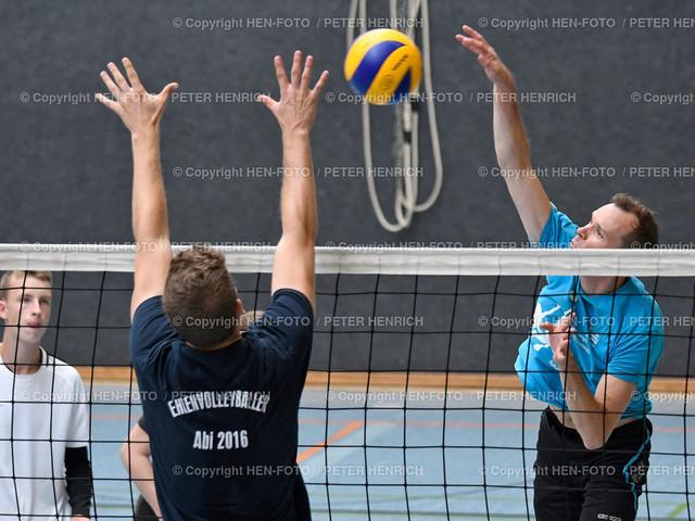 Volleyball Vorbereitungsturnier DSW Darmstadt 20190901 copyright by HEN-FOTO   Volleyball Vorbereitungsturnier BSZ DSW Darmstadt - re Stefan Harnisch Orplid Darmstadt am Netz 20190901 copyright by HEN-FOTO Foto: Peter Henrich