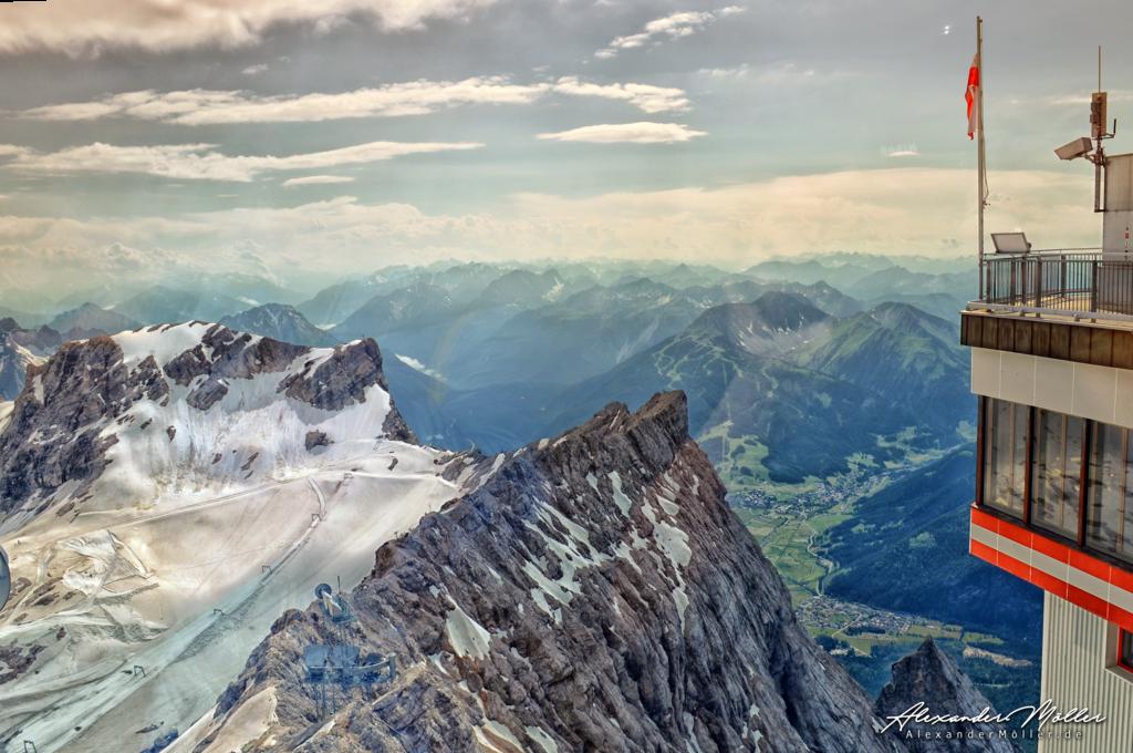 Zugspitze No.3 | Die Zugspitze - Hochwertige Bilder von Alexander Möller. Verschiedene Formate und Fotoprodukte im AlexanderMöller.de Bildershop