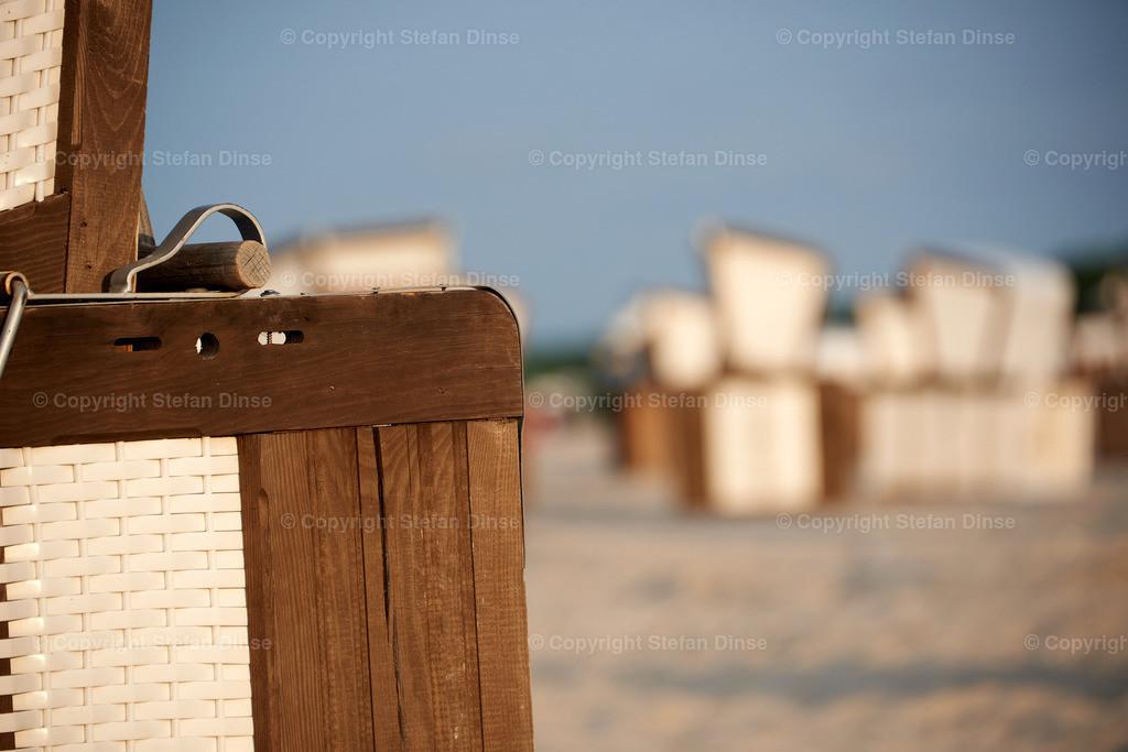 Beach basket detail at evening | Beach basket detail at evening
