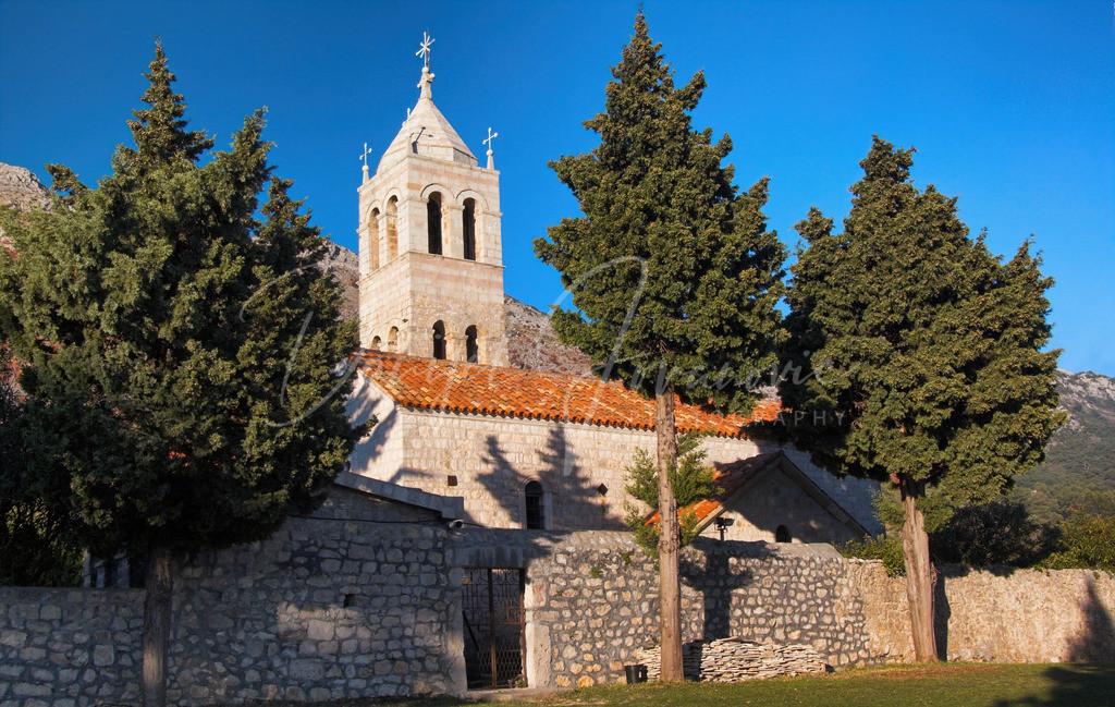 Rezevici | Kloster Rezevici an der Budvanska Rivijera
