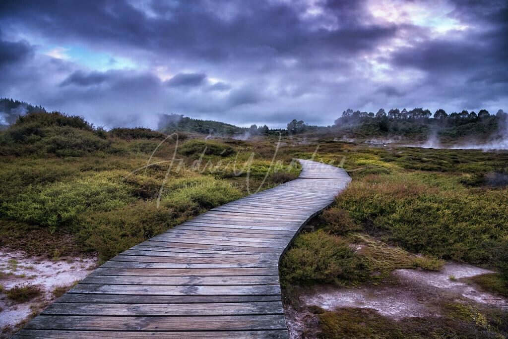 Weg durch die Geysirfelder