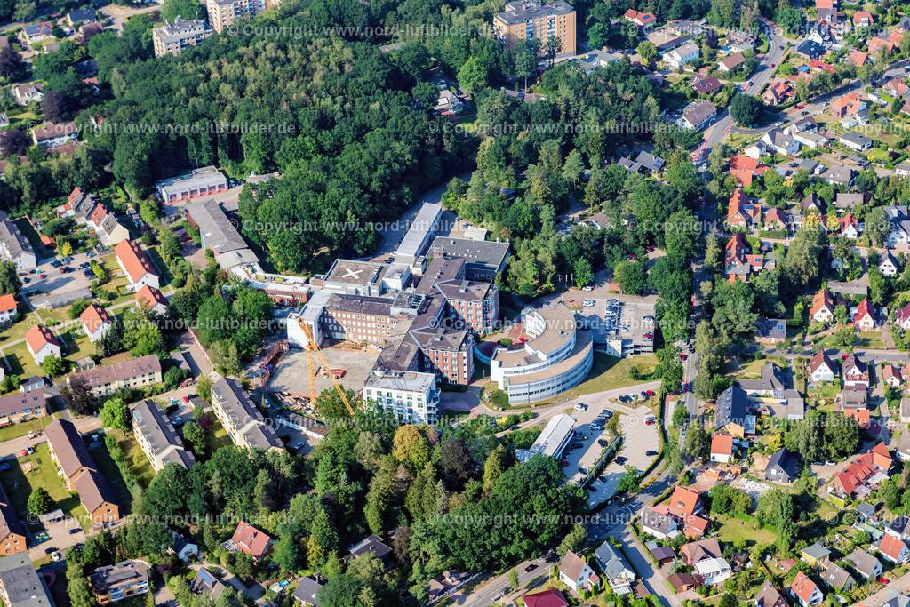 Buxtehude Bau Krankenhaus_ELS_8625300719 | Buxtehude - Aufnahmedatum: 30.07.2019, Aufnahmehöhe: 494 m, Koordinaten: N53°27.305' - E9°40.278', Bildgröße: 6780 x  4520 Pixel - Copyright 2019 by Martin Elsen, Kontakt: Tel.: +49 157 74581206, E-Mail: info@schoenes-foto.de  Schlagwörter:Niedersachsen,Luftbild, Luftbilder, Deutschland