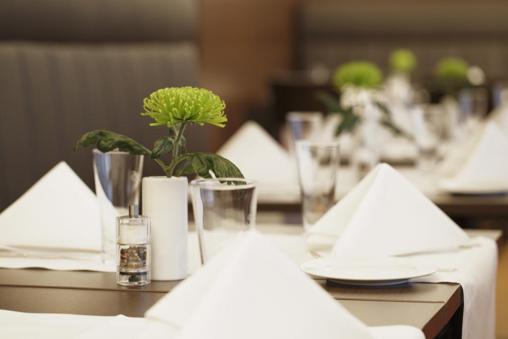 restaurant-detail-01-h4-hotel-frankfurt-messe