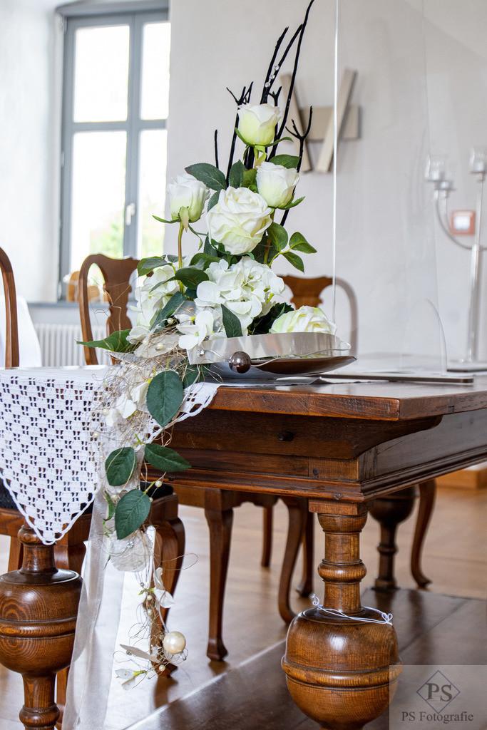Hochzeit Rittergut Störmede Trautisch
