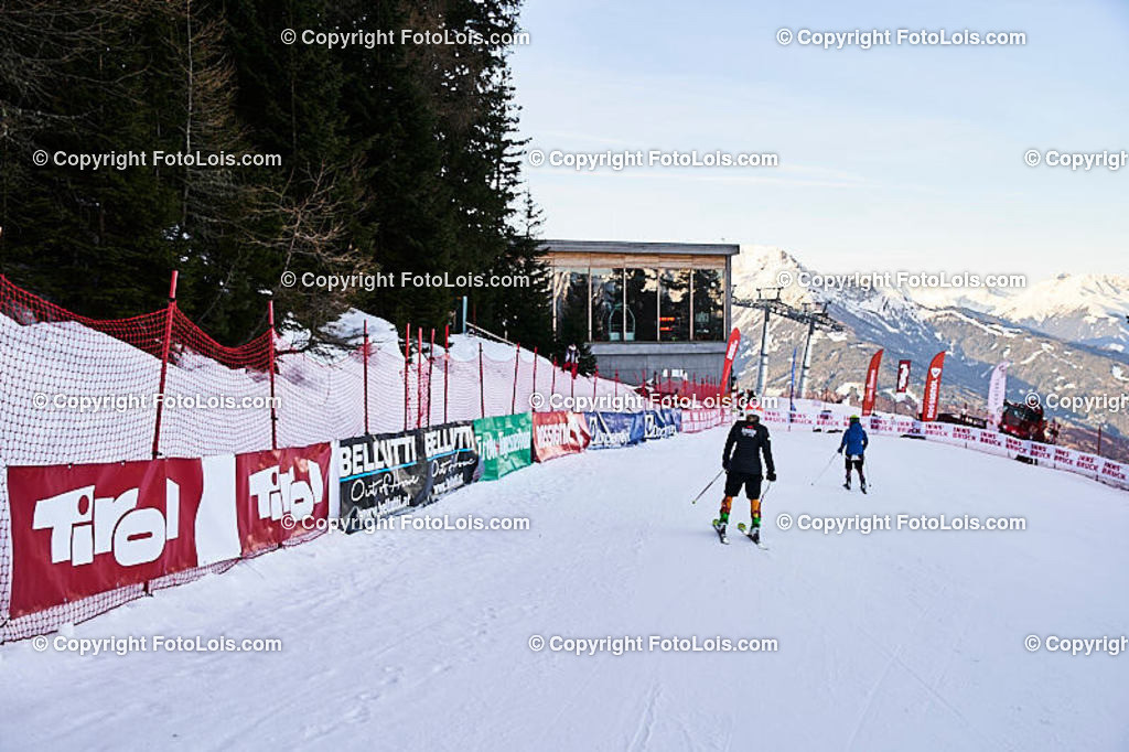 ALS5362_WWMG_GS-II_C_Zielraum | (C) FotoLois.com, Alois Spandl, WinterWorldMastersGames 2020 Innsbruck, Giant Slalom-II Gruppe C Damen, Patscherkofel Olympiaabfahrt, Mi 15. Jänner 2020.
