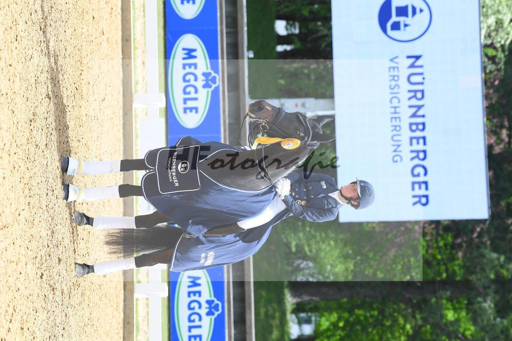 Langehanenberg_Straight Horse Ascenzione_10214308