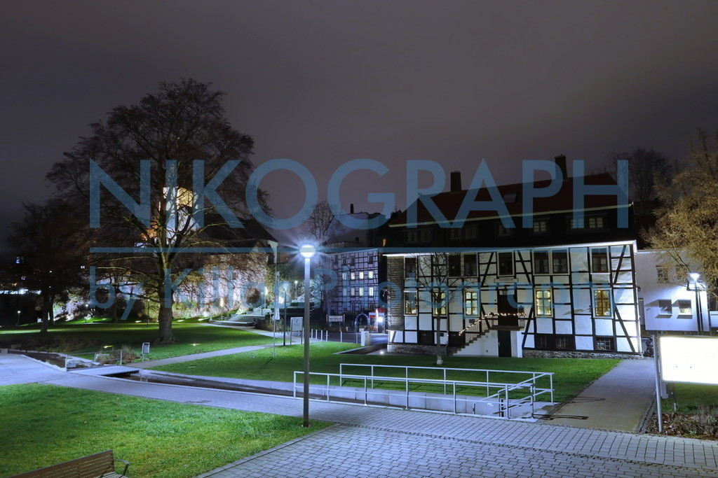 Iserlohner Fachwerkhaus | Das Museum für Handwerk und Postgeschichte in Iserlohn ist in einem Fachwerkhaus untergebracht, welches ursprünglich als Betriebsgebäude für Messing- und Bronzeerzeugnisse diente. Das Gebäude liegt inmitten der Iserlohner Altstadt, zwischen der Bauernkirche und der Obersten Stadtkirche.