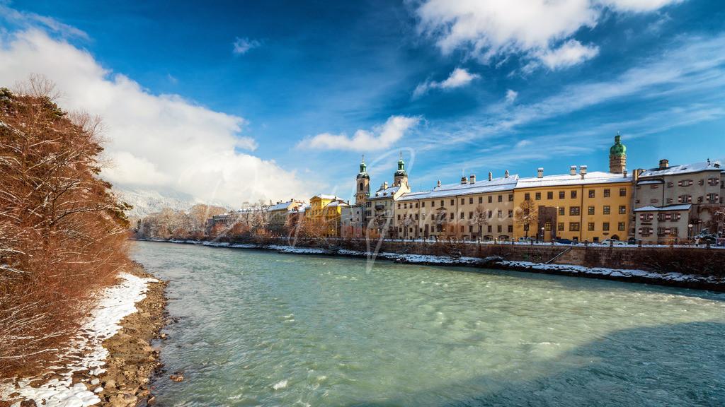 Altstadt | Innsbruck am grünen Inn mit Blick zur Altstadt