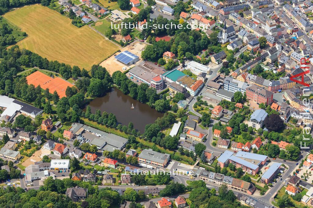 luftbild-wunsiedel-2016-7160   Luftbild von  Wunsiedel - Luftaufnahme wurde 2016 von https://frankenair.de mittels Flugzeug (keine Drohne) erstellt - die Geschenkidee