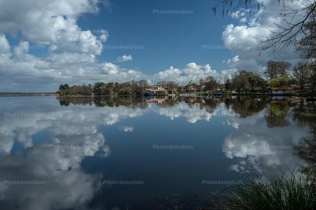 Wolken-Spiegelung