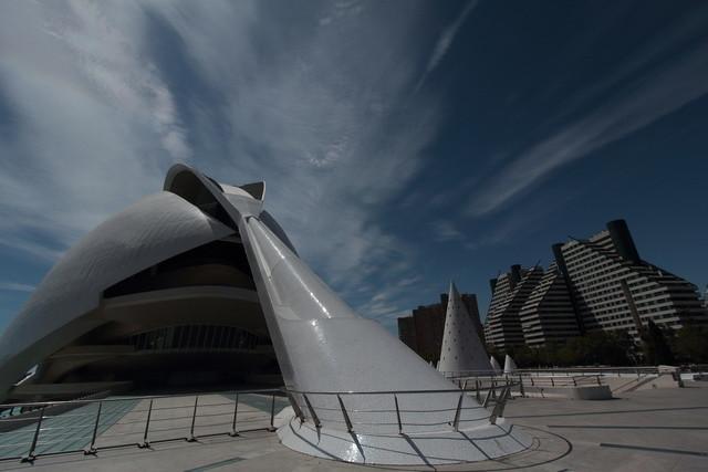 Futura 2 | Valencias Oper von der Seite