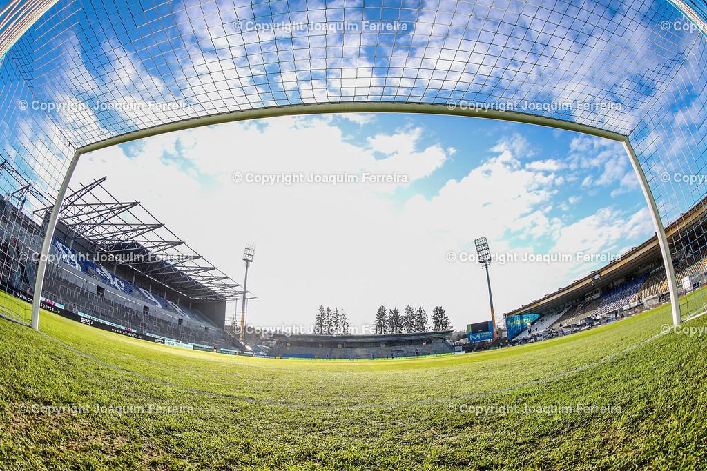 191221svdvshsv_0006 | 21.12.2019 Fussball 2.Bundesliga, SV Darmstadt 98-Hamburger SV emspor, despor  v.l.,  Innenansicht Merckstadion am Böllenfalltor, Tor    (DFL/DFB REGULATIONS PROHIBIT ANY USE OF PHOTOGRAPHS as IMAGE SEQUENCES and/or QUASI-VIDEO)