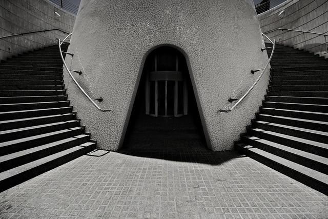 Die Wahl | Ein Treppenhaus  am L'Hemisfèric