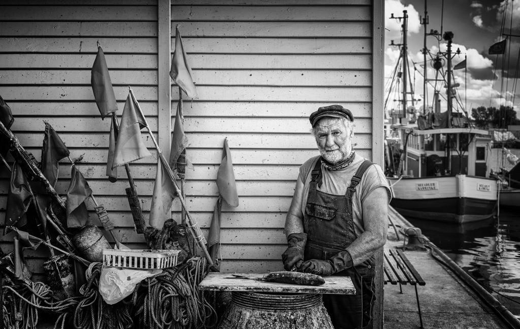 Der Fischer | Dieses Bild konnte mehrere nationale und internationale Wettbewerbe gewinnen. Es wurde im  Magazin