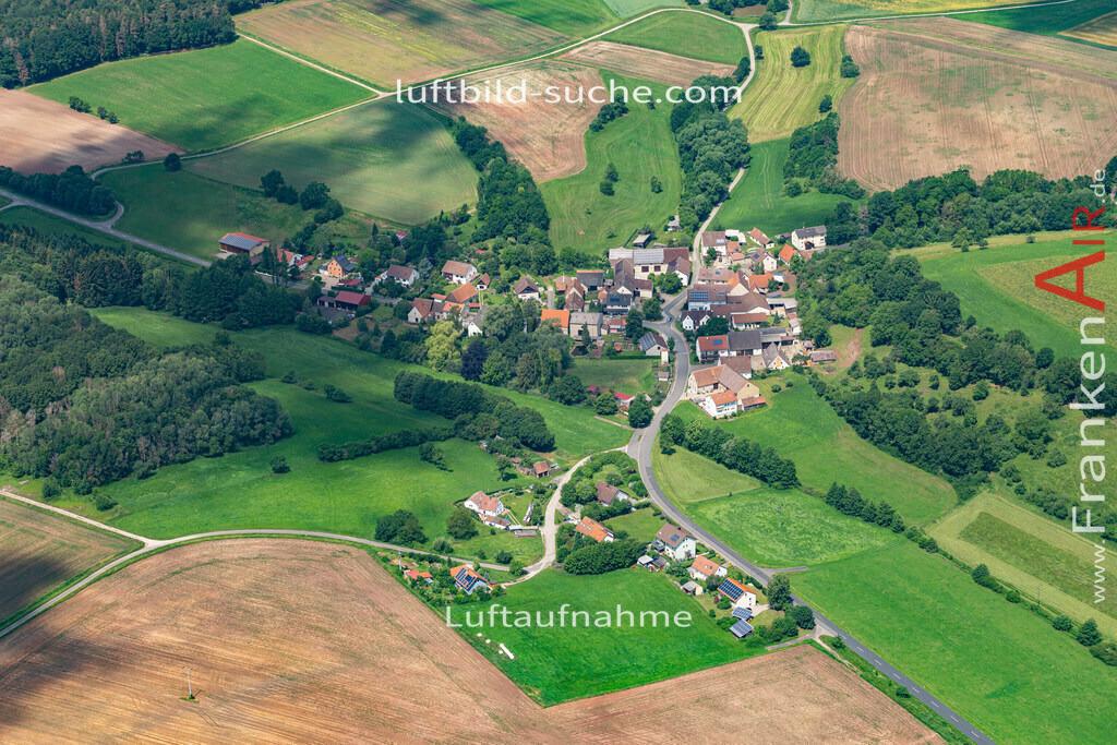 obertaschendorf-19-441 | aktuelles Luftbild von Obertaschendorf  - Luftaufnahme wurde 2019 von https://frankenair.de mittels Flugzeug (keine Drohne) erstellt.