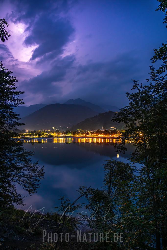 Ein mächtiges Gewitter   Ein bedrohliches Gewitter im Norden Italiens