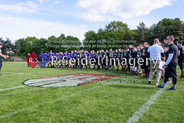 Foto des American Football Uni Bowls 2019 in Hamburg an der Helmut-Schmidt-Universität der Bundeswehr, deren HSU Snipers am 11.05.2019 gegen die Paderborn Unicorns gespielt und gewonnen haben.