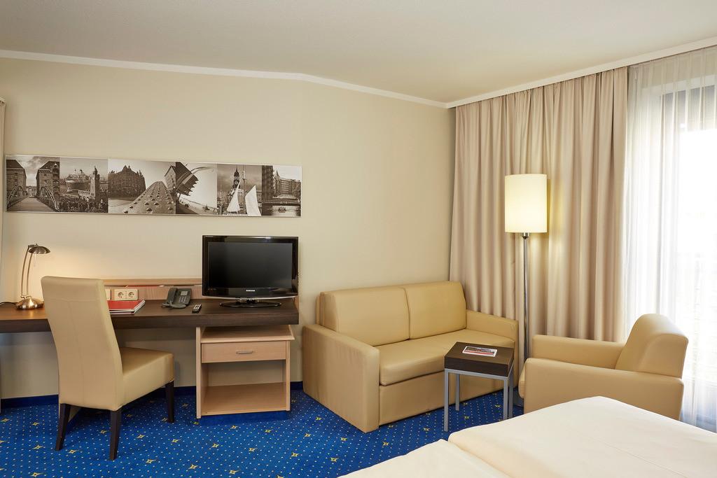 zimmer-familienzimmer-05-h4-hotel-hamburg-bergedorf