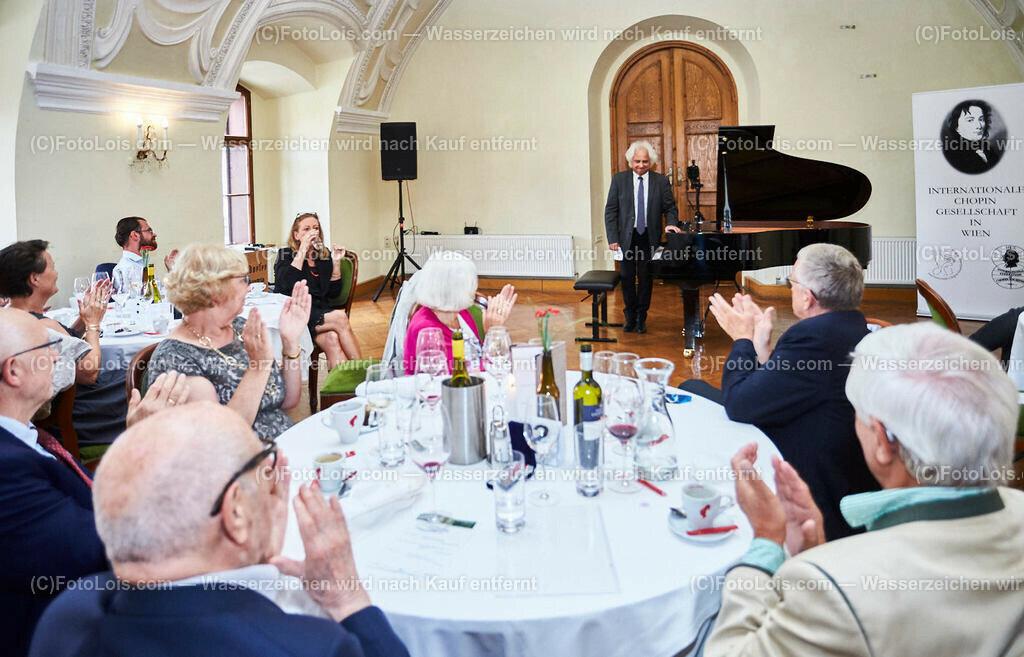 L1_2946_XXXVI-Chopin-Festival_Dinnerkonzert_HENRY Yves | (C) FotoLois.com, Alois Spandl, 36. Chopin-Festival in der Kartause Gaming, Auftritt Yves Henry, Frederic Chopin, Valse As-Dur op. 34/1, Polonaise-Fantasie As-Dur op. 61, Valse Des-Dur op. 64/1 'Minutenwalzer', Sa 15. August 2020.
