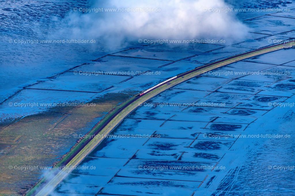 Sylt Hindenburgdamm_ELS_5723031019 | Sylt - Aufnahmedatum: 03.10.2019, Aufnahmehöhe: 1507 m, Koordinaten: N54°50.059' - E8°24.777', Bildgröße: 8256 x  5504 Pixel - Copyright 2019 by Martin Elsen, Kontakt: Tel.: +49 157 74581206, E-Mail: info@schoenes-foto.de  Schlagwörter:Hindenburgdamm,Eisenbahn, Schienen,Insel,Nordfriesland,Schleswig-Holstein,Luftbild,Luftbilder,Deutschland