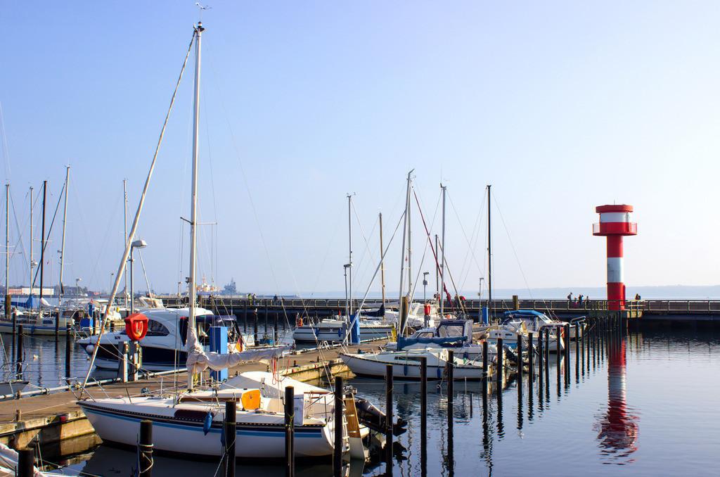 Hafen in Eckernförde | Yachthafen am Leuchtturm in Eckernförde