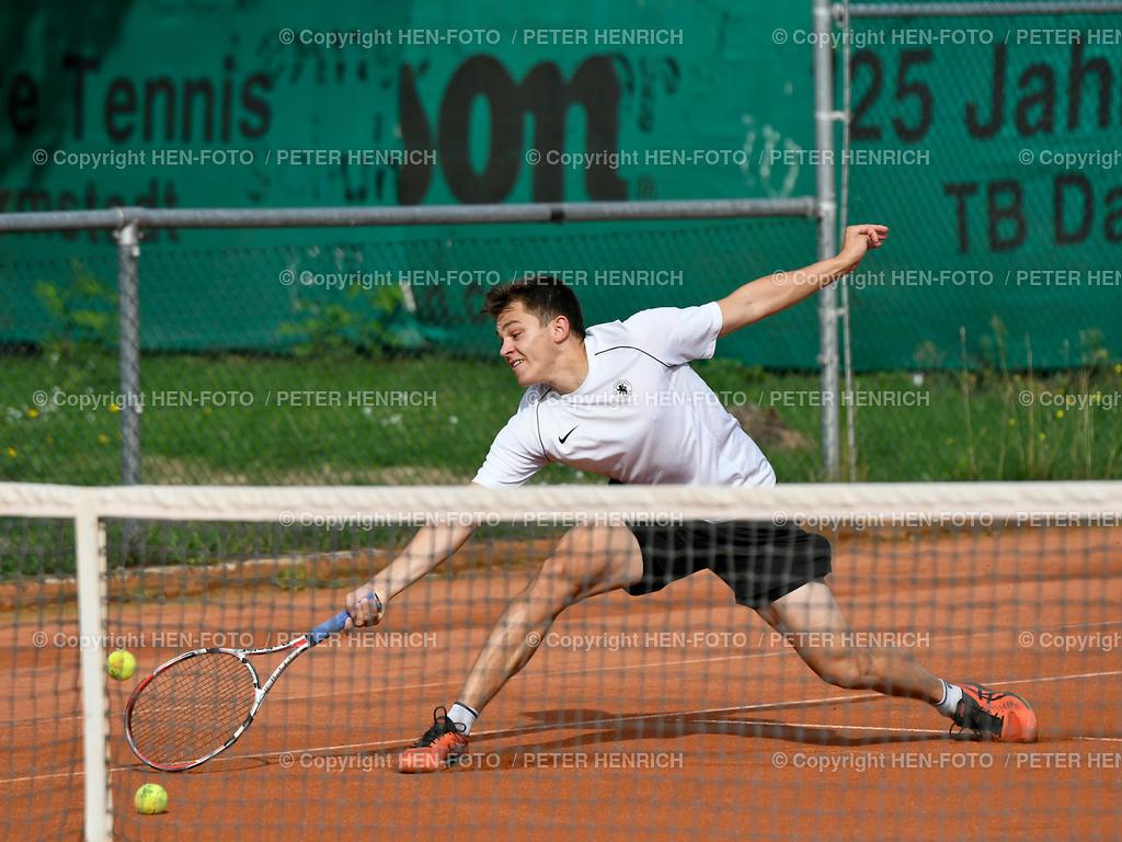 Tennis Herren Gruppenliga TEC Darmstadt II - RW Giessen II copyright by HEN-FOTO | Tennis Herren Gruppenliga TEC Darmstadt II - RW Giessen II Janis Bittner (TEC) copyright by HEN-FOTO / Foto: Peter Henrich