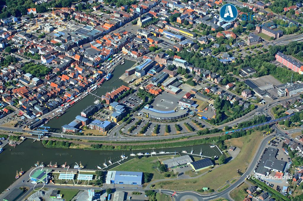 Luftbild Husum, Nordsee, Binnenhafen, Hafentage, Hafenstr., Gaswerkstr. | Luftbild Husum, Nordsee, Binnenhafen, Hafentage, Hafenstr., Gaswerkstr. • max. 4272 x 2848 pix.