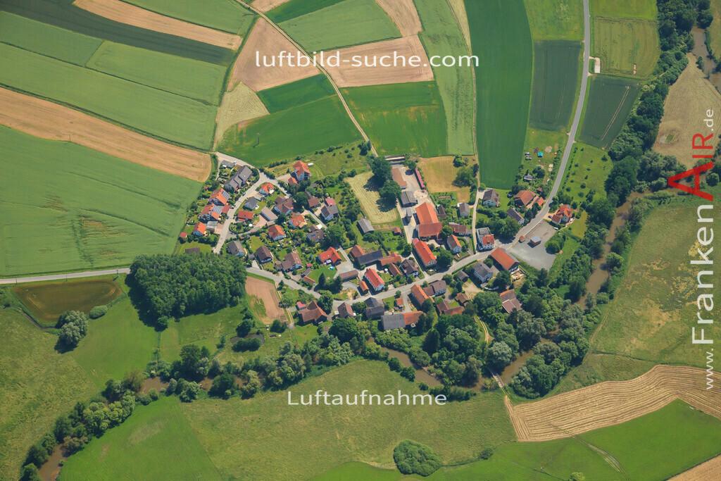 oberzettlitz-kulmbach-2013-23 | Luftbild von Oberzettlitz Kulmbach - Luftaufnahme wurde 2013 von https://frankenair.de mittels Flugzeug (keine Drohne) erstellt - die Geschenkidee