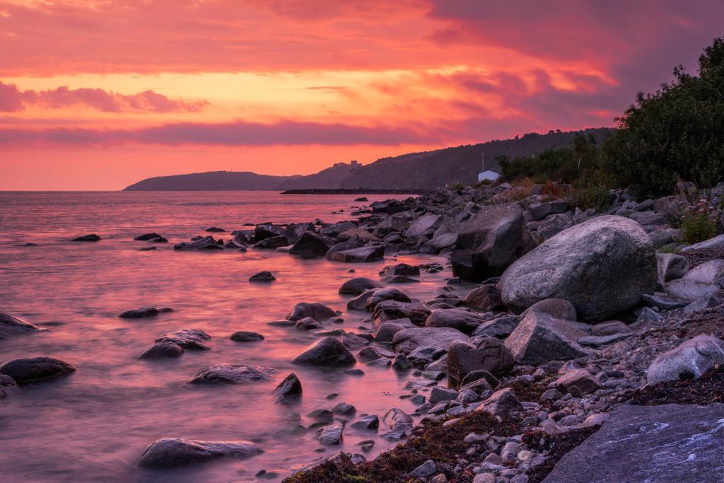 Morgenrot in Vang | Aufgenommen an der Küste von Vang.
