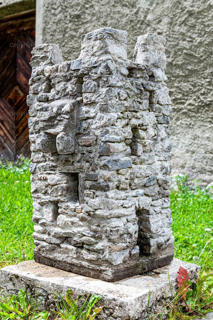 Miniatur Burgturm seitlich   Bildmaterial für Fotografen, Webdesigner und Grafikdesigner zum weiterverarbeiten