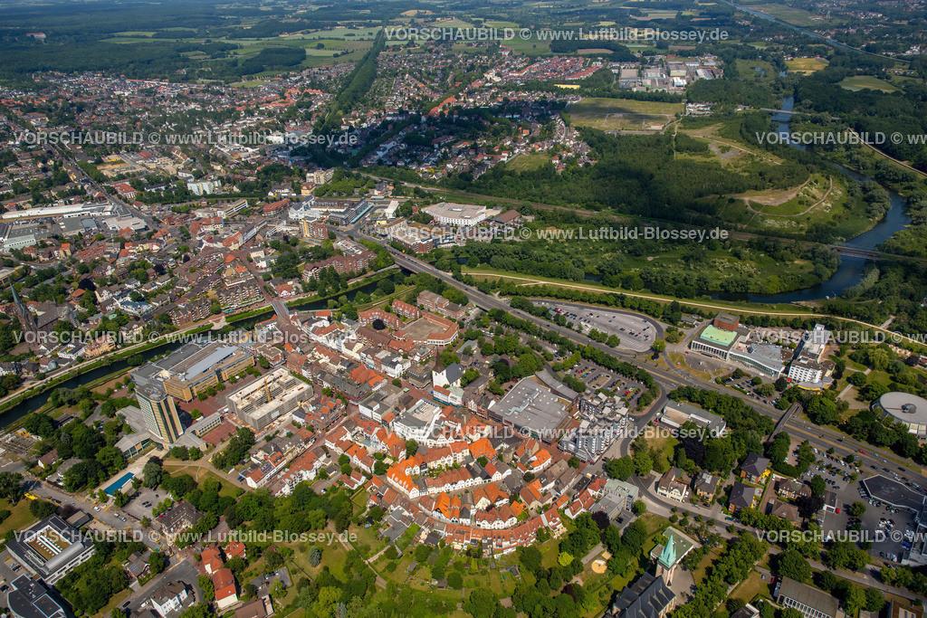 Luenen15064034 | Blick auf den Stadtkern von Lünen mit dem Umbau des Hertie-Hauses, Lünen, Ruhrgebiet, Nordrhein-Westfalen, Deutschland