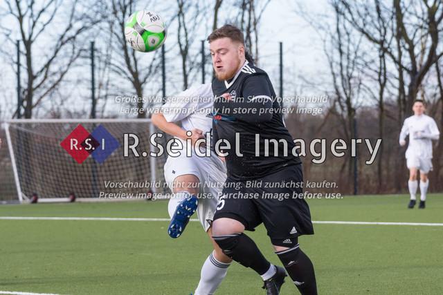 Fußball, Herren, Kreisliga 3, ETSV Hamburg II - SC Vier- und Marschlande III., Mittlerer Landweg, 01.03.2020 | Nico Witzke (#25, ETSV)