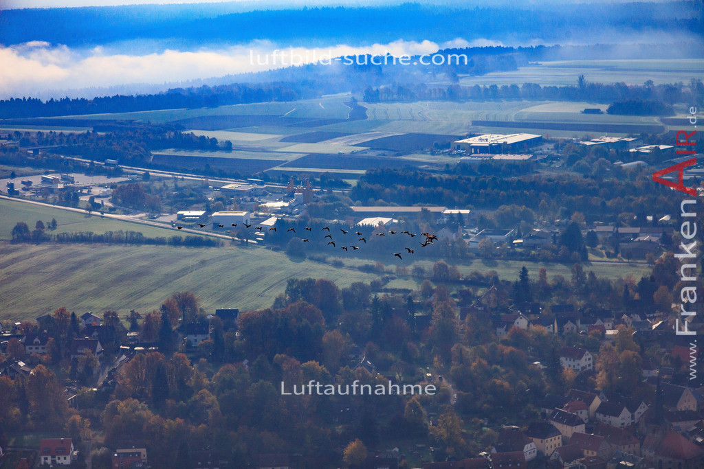 golfplatz-oberfranken-thurnau-17-6010   Luftbild von Golfplatz-oberfranken Thurnau - Luftaufnahme wurde 2017 von https://frankenair.de mittels Flugzeug (keine Drohne) erstellt - die Geschenkidee