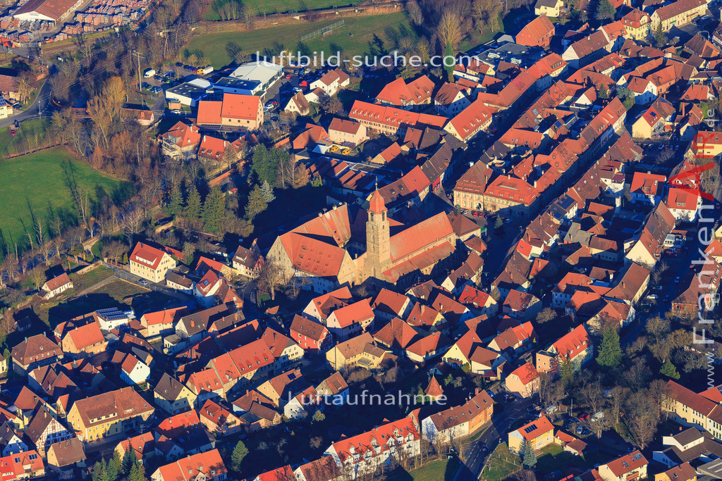 burggrafenhof-langenzenn-2015-1884 | Luftbild von  Langenzenn - Luftaufnahme wurde 2015 von https://frankenair.de mittels Flugzeug (keine Drohne) erstellt - die Geschenkidee