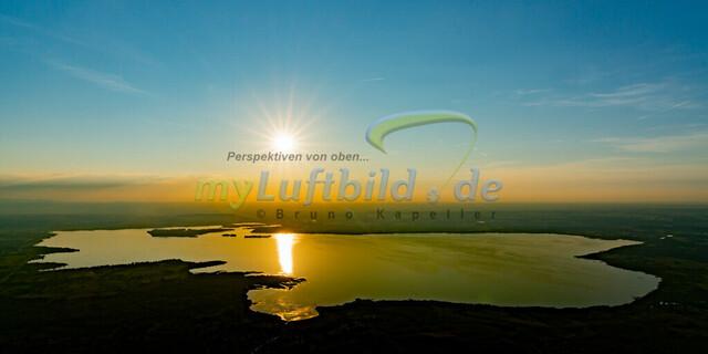 luftbild-chiemsee-sonnenuntergang-bruno-kapeller-01 | Luftaufnahme vom Chiemsee Sonnenuntergang