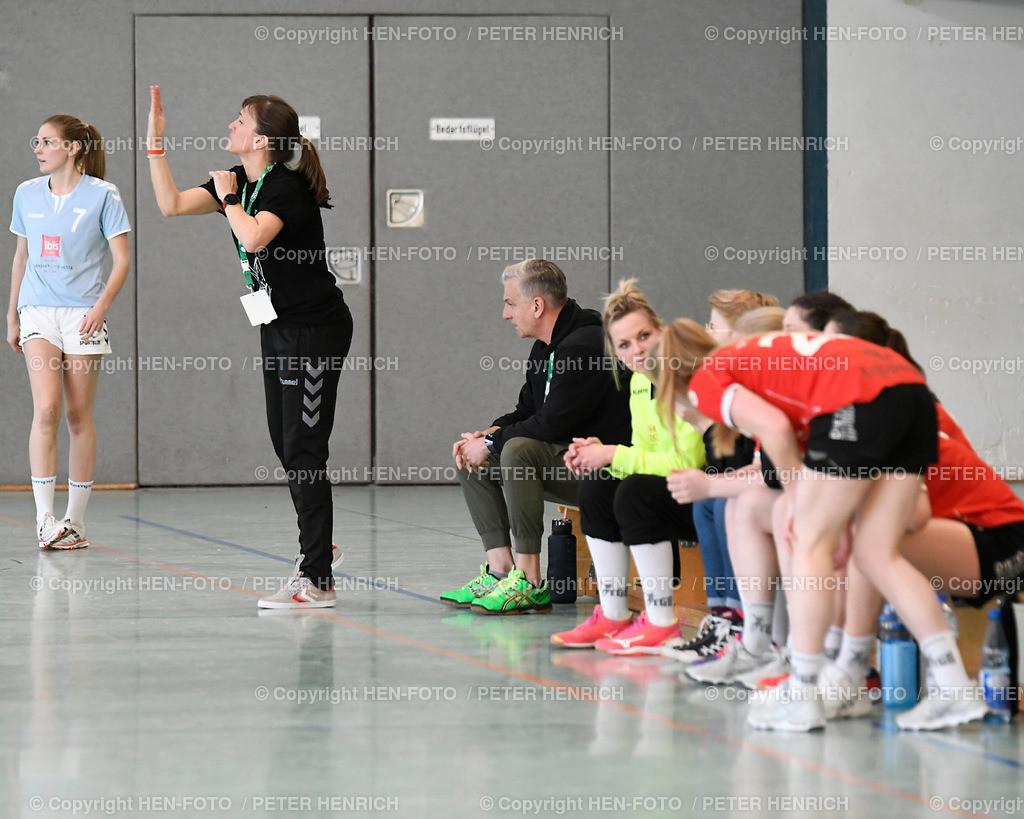 20190406 Handball Frauen Landesliga TGB Darmstadt - TV Langenselbold copyright HEN-FOTO (Peter Henrich) | 20190406 Handball Frauen Landesliga TGB Darmstadt - TV Langenselbold (33:21) 2. v. li Trainerin Katarzyna Feldmann - copyright HEN-FOTO (Peter Henrich)