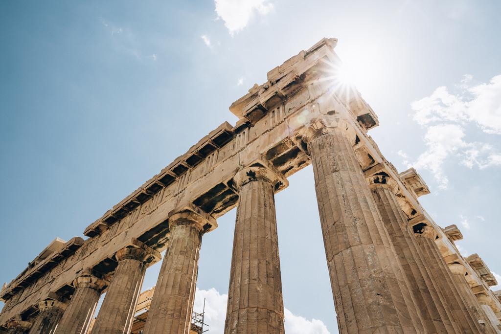 The pillars of Democracy_HQ