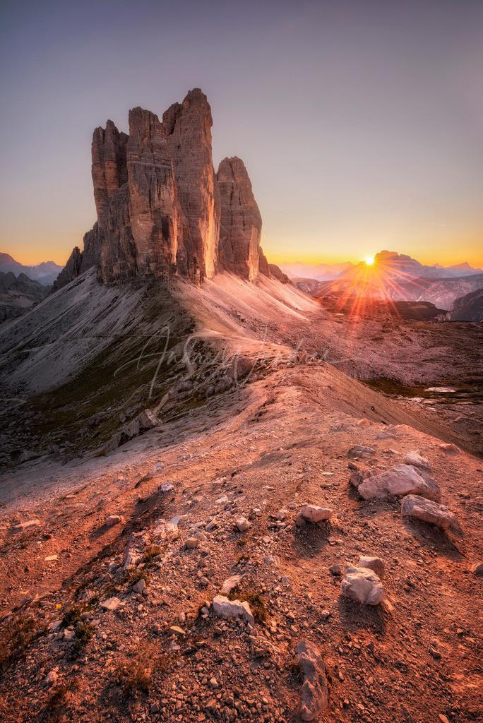 Sonnenuntergang bei den Drei Zinnen (Hochformat)