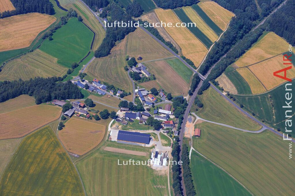 wintersreuth-wunsiedel-2014-102 | Luftbild von Wintersreuth Wunsiedel - Luftaufnahme wurde 2014 von https://frankenair.de mittels Flugzeug (keine Drohne) erstellt - die Geschenkidee