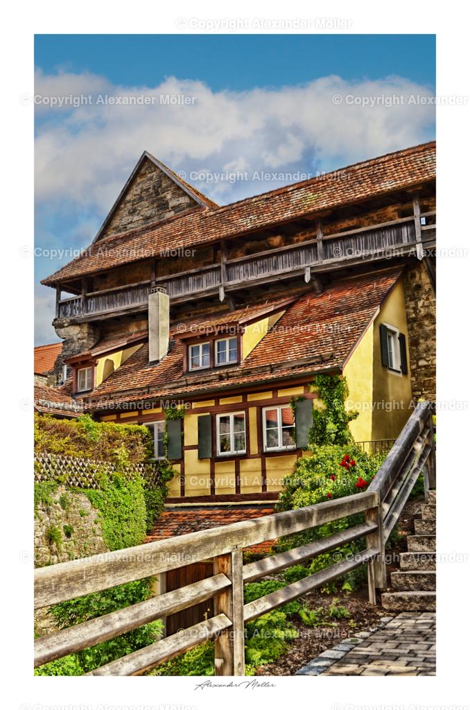 Rothenburg ob der Tauber No.18 | Dieses Werk zeigt ein eingepasstes Wohnhaus an der Stadtmauer am Siebersturm.