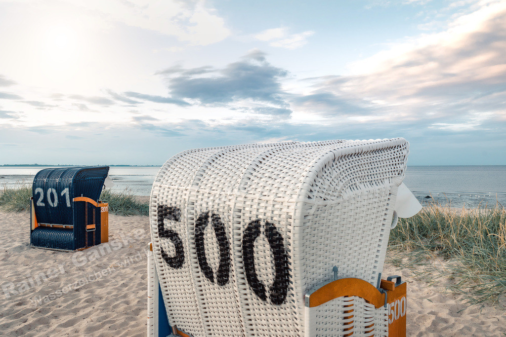20200829-Hooksiel Strandkörbe Strand 54174