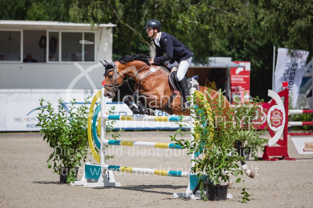 200726_Wohlde_M2-Springen-110   Late Entry Wohlde Pedersen Sporthorses 26.07.2020 Springprüfung Kl. M** 7jährig + ält. Pferde