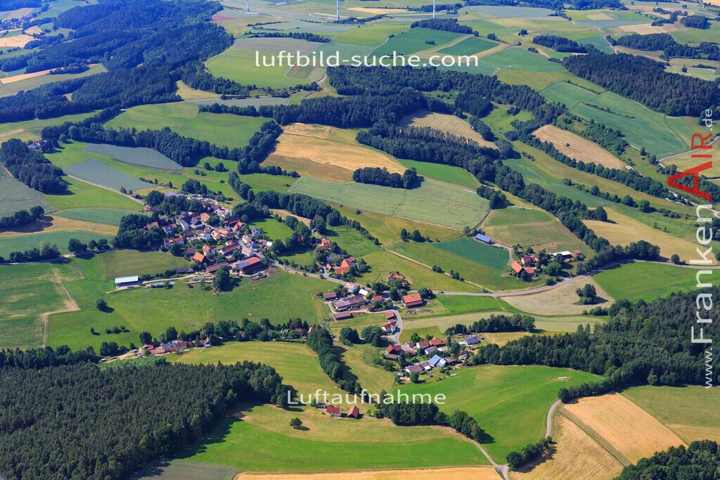 oberdornlach-kulmbach-17-1374 | Luftbild von Oberdornlach Kulmbach - Luftaufnahme wurde 2017 von https://frankenair.de mittels Flugzeug (keine Drohne) erstellt - die Geschenkidee